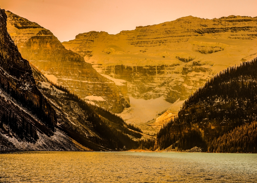 lake louise summer sunrise (1 of 1)